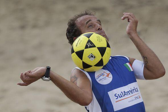 Francesco del equipo italiano en plena acción. Italia, que cont&o...