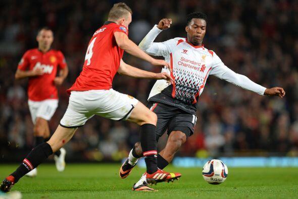 El Manchester United pudo sentenciar al contragolpe.