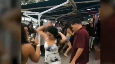 En video: Violenta pelea entre cinco mujeres en Miami Beach