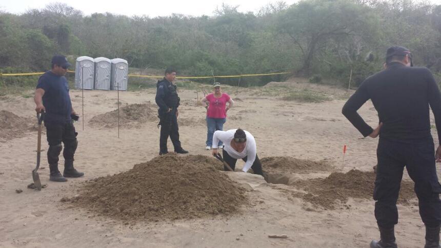 La mayoría de los cadáveres encontrados están sin identificar. Activista...