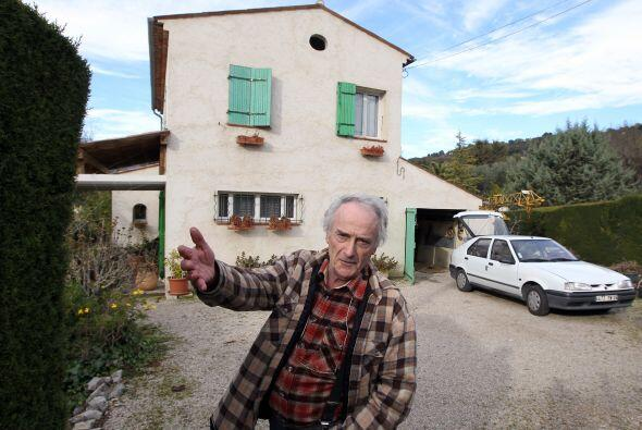 Un electricista francés jubilado y su esposa presentaron 271 obra...