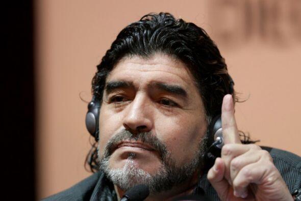 El accidente ocurrió mientras Maradona iba al Sanatorio Los Arcos, en el...
