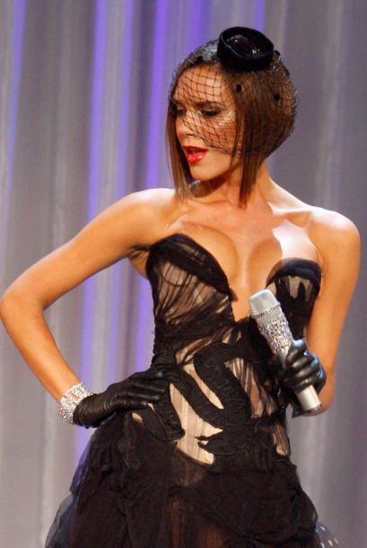 La muy hermosa y exitosa Victoria Beckham f654c909b37548e5b7866e82d16e3c...