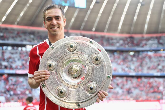 Defensa: el alemán Philipp Lahm se ganó un lugar en esta selección de la...