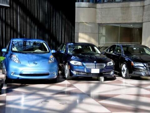 El Nissan LEAF, el Audi A8 y el BMW Serie 5 fueron los finalistas del Au...
