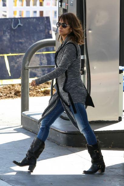 Nos encanta los 'looks' que Halle Berry usa para andar en las calles. ¡A...