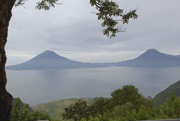 En el lago Atitlán, doctor Juan se dedicó a investigar c&o...