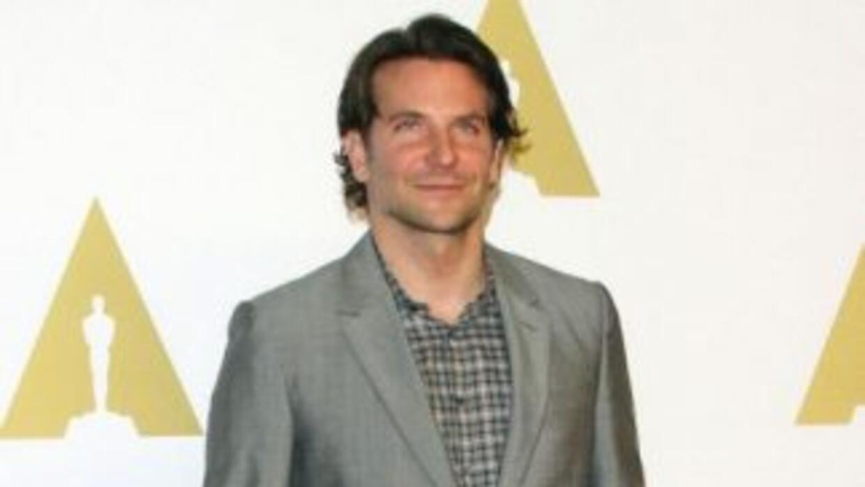 El actor Bradley Cooper y las actrices Julianne Moore y Emma Watson figu...