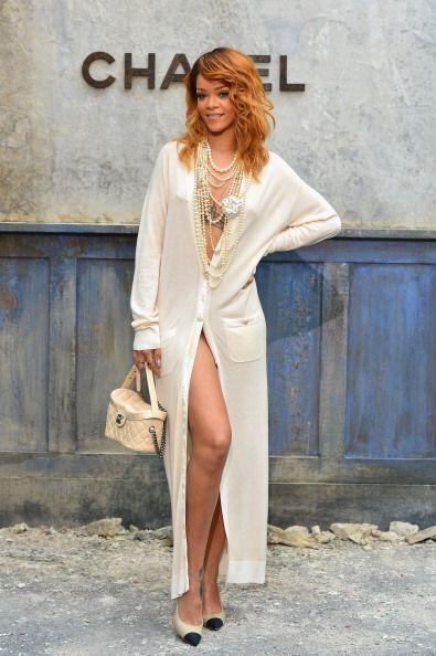 ¡Rihanna es otra chica que va por la vida sin ropa interior!  A esta chi...