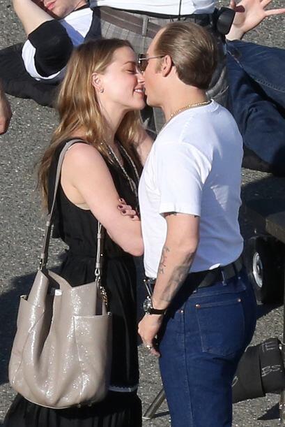 ¡Y se agarraron a besotes!