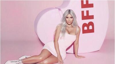 La nueva línea de perfumes de Kim Kardashian, Kimoji Hearts.