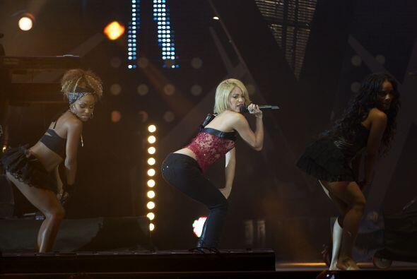 Para muestra estos movimientos sensuales que hizo durante el concierto d...