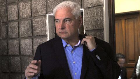 Tras las rejas y sin fianza permanece el expresidente panameño Ricardo M...