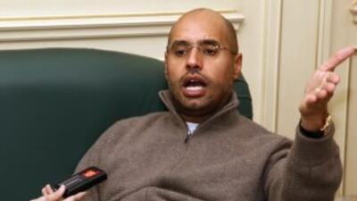 """Seif al-Islam Gadafi dijo que """"no habrá justicia en el caso si el proces..."""