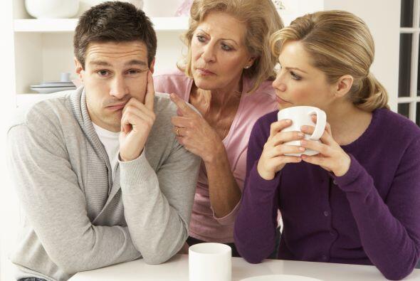 Familia: Es cierto que cuando te casas con alguien no lo haces con su fa...