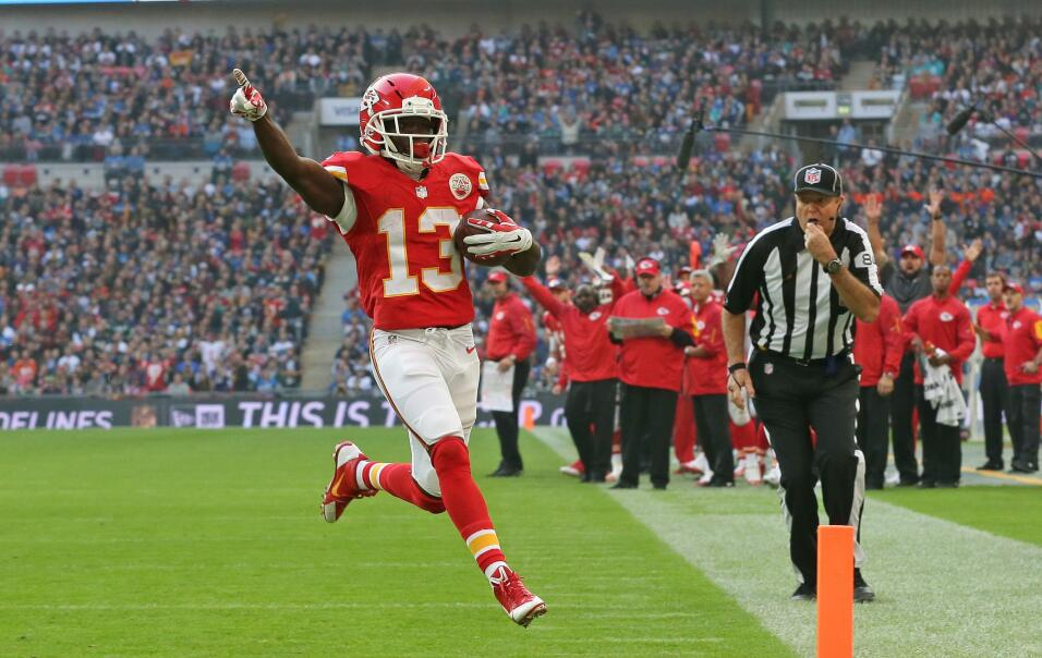 Chiefs 45-10 Lions: Por tierra y por aire Kansas City dominó a Detroit e...