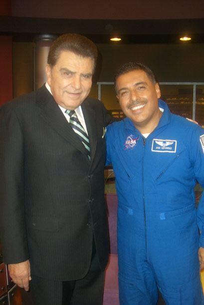 El mexicoamericano José Hernández platica cómo fue...