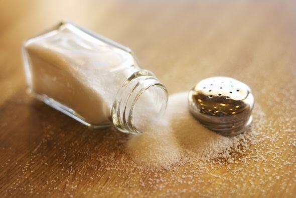 El sodio es un mineral que consumes mucho en la sal, lo más recom...