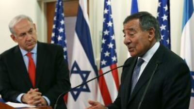 Panetta sostuvo una entrevista de trabajo con Netanyahu en la cual insis...