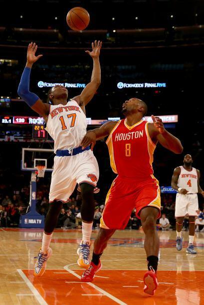 Los Knicks (5-34) no sólo perdieron sino que volvieron a hacerlo en su c...