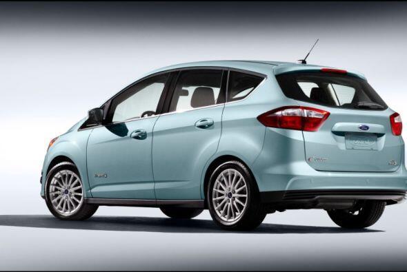 """Ford C-Max Hybrid 2015-Precio: $27,170; Consumo (ciudad/carretera): 37""""4..."""