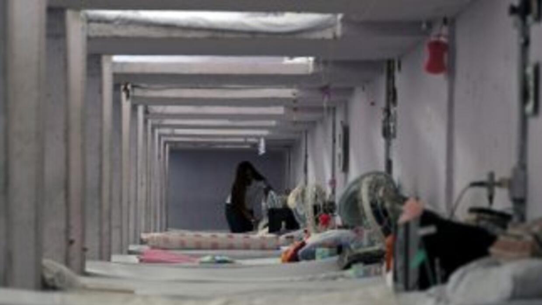 Las víctimas estaban en uno de los baños del complejo cuando comenzó el...