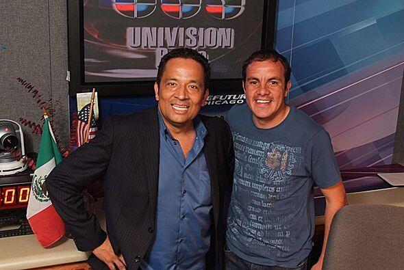 Una foto para la historia de Univision Radio y Directo al Blanco.