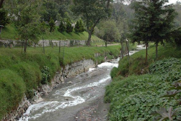 Esta época de lluvias pone en riesgo y por lo tanto las autoridades se m...