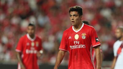 Raúl Jiménez participa en derrota del Benfica en la Copa Eusebio