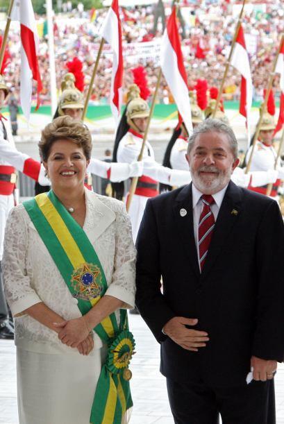 En su toma de posesión como presidenta de Brasil, Rousseff enfatizó que...