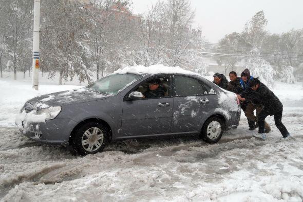 En cuanto a la capital china, la prensa local aseguró que Pekín vive el...