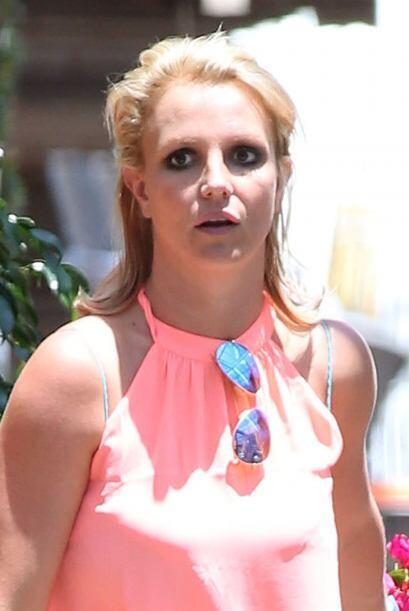What? Parece que eso de ser zombie sin tanto esfuerzo a Britney se le da...