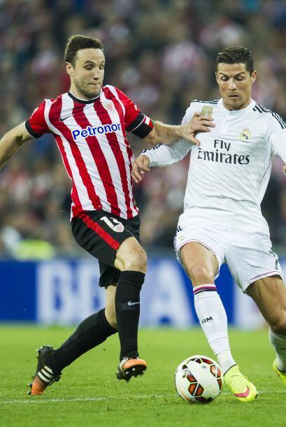 Cristiano Ronaldo volvió a tener un partido para el olvido y pasó desape...