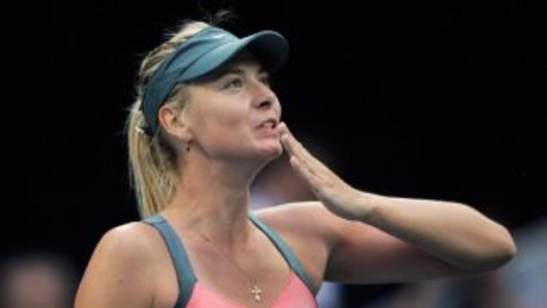 Sharapova perdió la final del Abierto de China ante Victoria Azarenka.