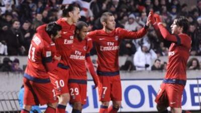 Zlatan Ibrahimovic dio el triunfo en Burdeos al Paris Saint Germain, que...