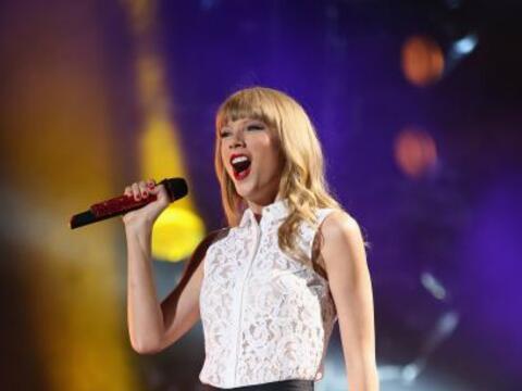 Taylor Swift fue nombrada por Billboard como la Mujer del Año 2014.
