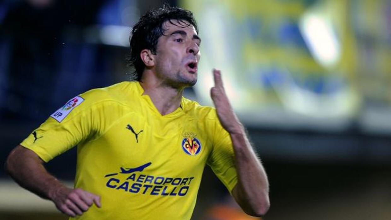 El mediocampista Cani abrió el marcador en favor del Villarreal.