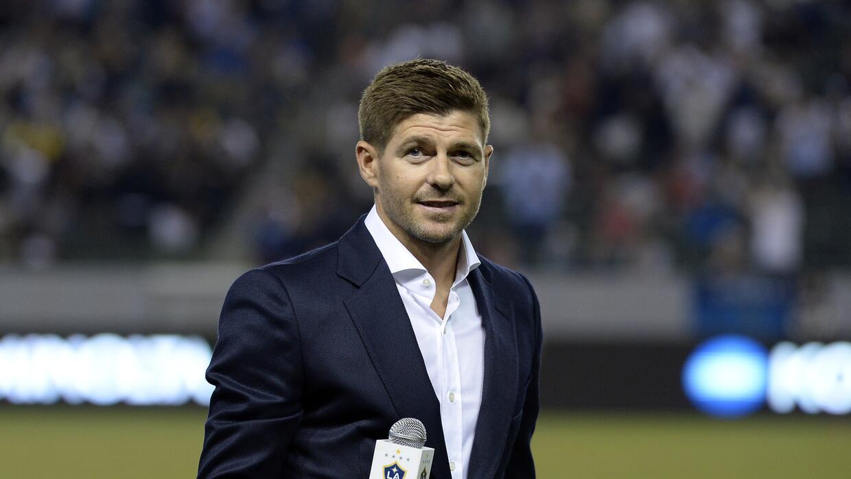 Steven Gerrard fue presentado como jugador del LA Galaxy