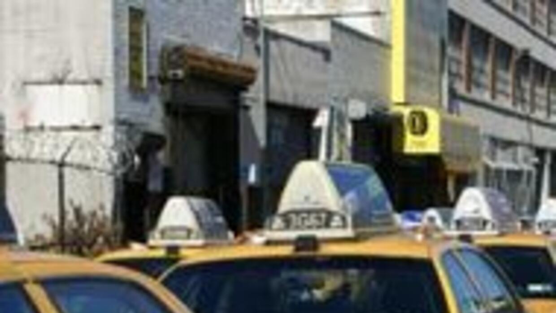 Taxistas sin celular mientras conducen 8cd9a4b1648e42a1b0cd2513c1dfa0a0.jpg