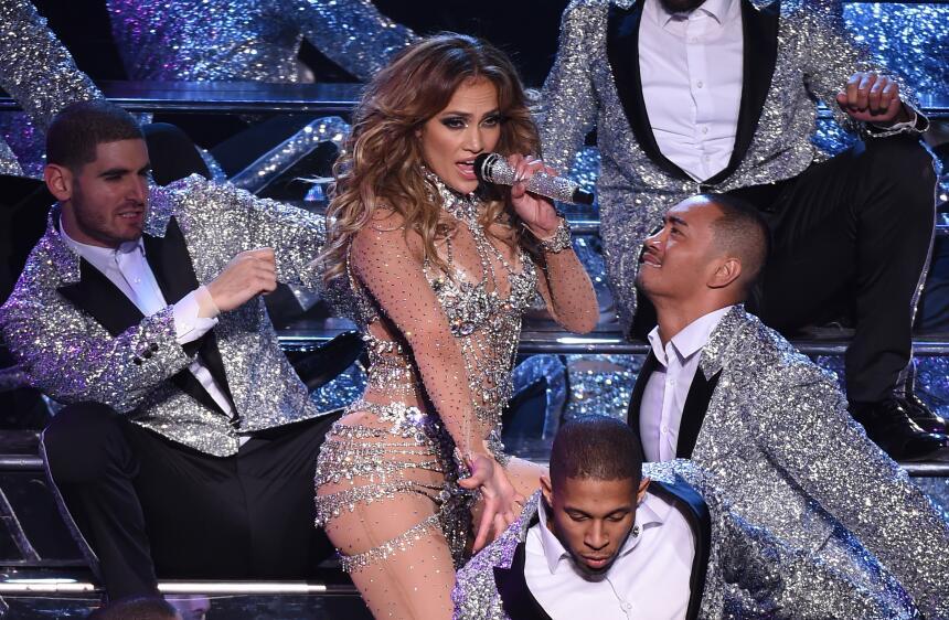 Jennifer López presentó un espectáculo distinto al que ofrece en Las Veg...