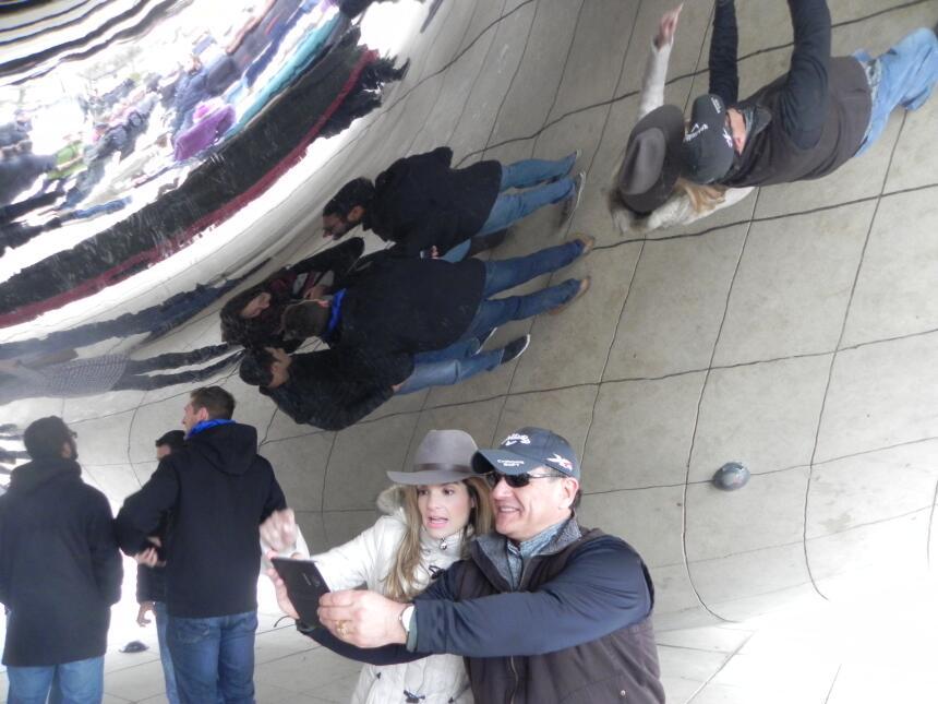 Renzo y Maria Esther visitaron la ciudad y suburbios de Chicago DSCN7408...