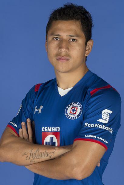 Por último recibe nuevamente una oportunidad Julio César Domínguez, juga...