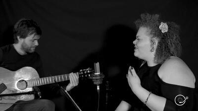 Mirella y Nacho interpretan 'Volver'