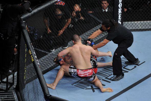 El referee dijo no más, pues si dejaba seguir a Caín las consecuencias p...