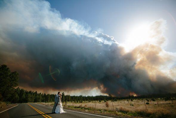 Todo estaba listo, cuando la pareja fue advertida por los bomberos de un...