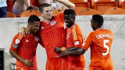 Houston Dynamo dio un paso grande rumbo a cuartos de final.