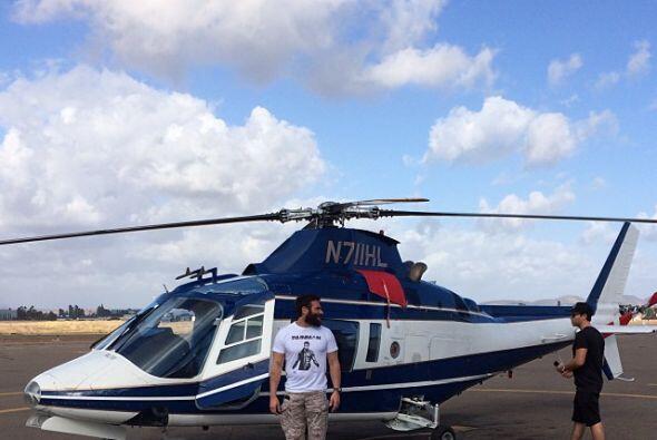 Hasta helicóptero privado tiene el Rey del Instagram. Fotos:instagram.c...