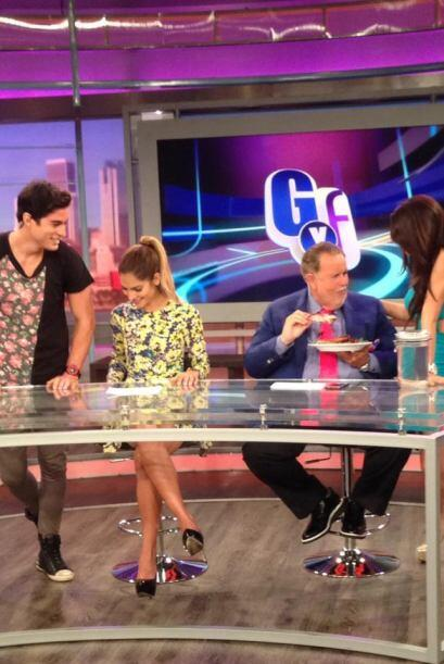 Con la controversia que causó Thalía al mostrar sus supuestas costillas,...