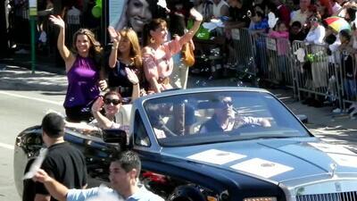 Protagonistas de Eva Luna en la parada de los Reyes Magos