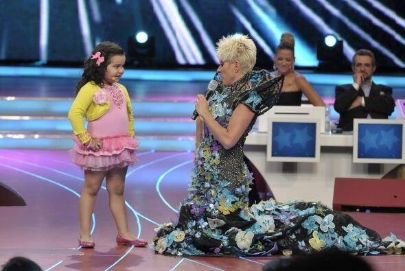 Y Fátima también quiso impresionarnos haciendo dueto con Yuri.